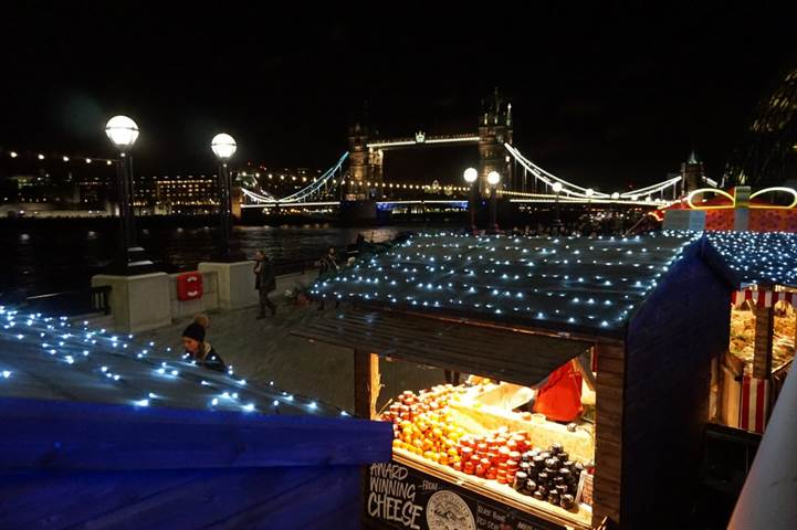 christmas by the river 2017